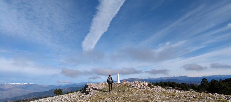 hiking boumort peak pyrenees